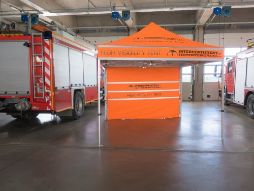 Folding tent | High Visibility